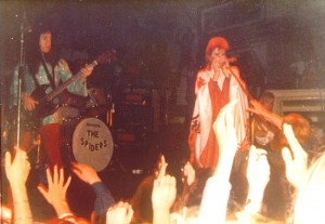 Ziggy and The Spiders From Mars (Unk)